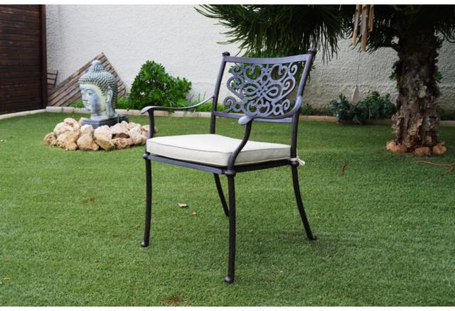 Almeria Round 6 Seater Patio Set